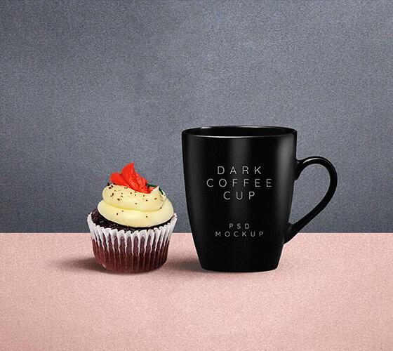 Mockup Caneca e cupcake