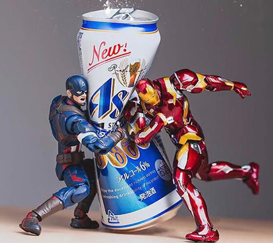 Fotos incríveis com heróis de brinquedo