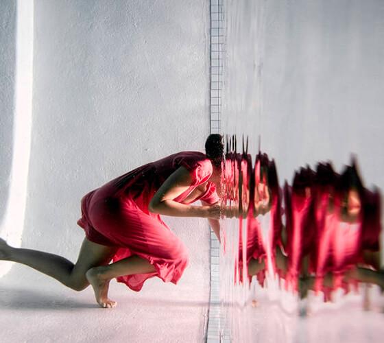 Reflexos em espelhos submersos